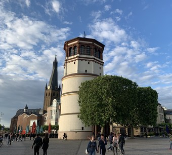 Stiftsplatz Düsseldorf Turm